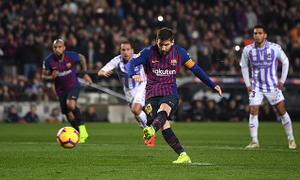 Messi đá hỏng phạt đền, Barcelona vẫn có được 3 điểm trọn vẹn trước Valladolid